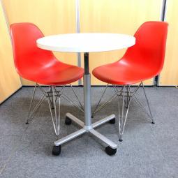 【テーブルセット】カフェスペース等にもおすすめ!イームズチェア2脚付き