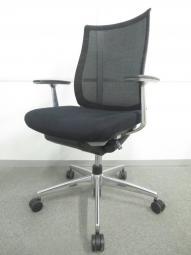 【着座姿勢を最適にサポート!】■コクヨ製 ベゼルチェア 肘付 ブラック ■上質な座り心地を体感できます!【倉庫在庫】KRC