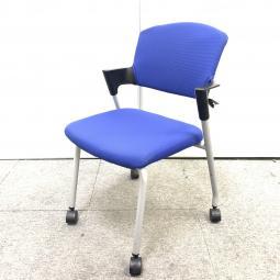 【残り2脚特価!】コクヨ製プロッティ|人気のスタッキングチェア入荷!既存家具と合わせやすいブルー!