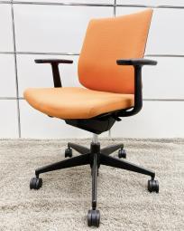 【コスパ◎!】 オレンジカラーがオフィスを明るい空間へと昇華してくれます!【在庫入替】