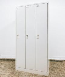 【残り1台限り】オカムラ 3人用ロッカー ホワイト W900D515H1790 【人気のロッカー】【京都・滋賀】