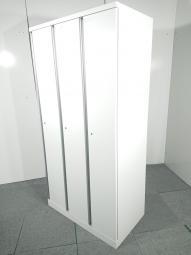 【19台】オカムラ製人気ホワイトカラーの3人用ロッカー入荷しました!! 中古 オフィス 家具 ロッカー 更衣室 【関西倉庫在庫】
