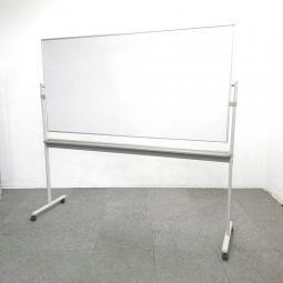 【1台入荷】両面無地タイプ自立式ホワイトボード入荷いたしました!中古 ホワイトボード 黒板