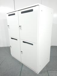 メールロッカー(4人用) イトーキ(ITOKI) 色:ホワイト W900xD450xH1100 ダイヤル式【倉庫在庫商品】