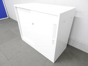 【キレイなホワイトカラー!】◆コクヨ製 3枚引違い書庫 エディアシリーズ 高さ700㎜タイプ