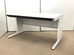 上司用の机におすすめ!広々使えるので、使い勝手が最高です!