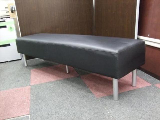【残り1台】待合室などにいかがですか? ビニールレザーの長椅子                                     中古