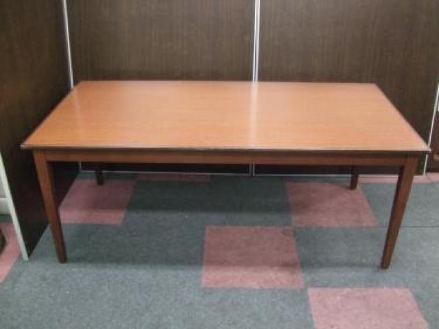 木製ミーティングテーブル + vitra/ヴィトラ メダスリムチェア4脚セット                                     中古