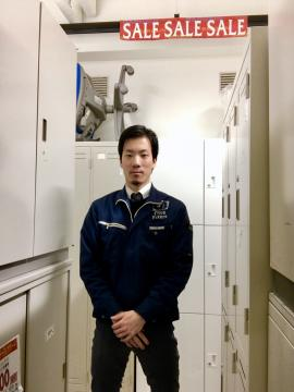 新大阪店の担当スタッフ