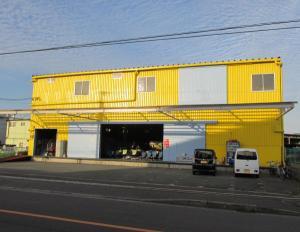 福岡本店 店舗写真1